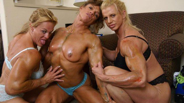 hot-fbb-lesbian-threesome